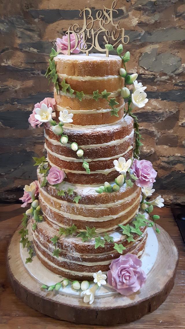 wedding cake by aco - http://cakesdecor.com/cakes/294765