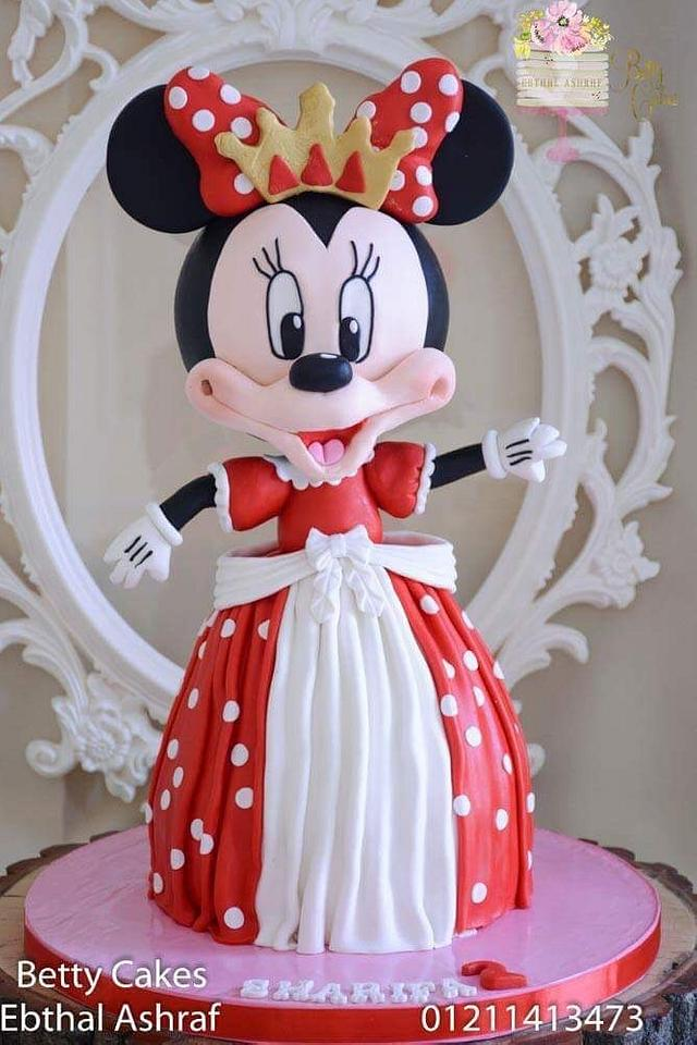 Minnie Mouse 3D cake