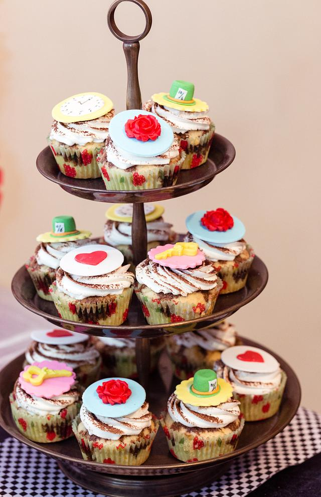 PDCA Caker Buddies Dessert Table Collaboration- Alice In Wonderland