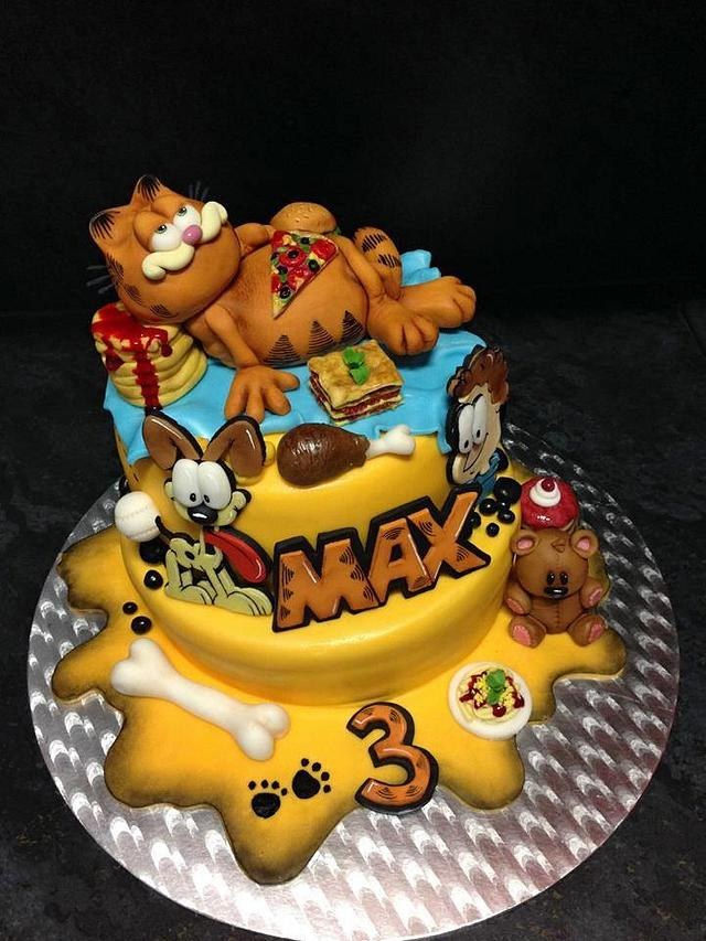 Cool Garfield Cake By Romana Bajerova Cakesdecor Personalised Birthday Cards Veneteletsinfo