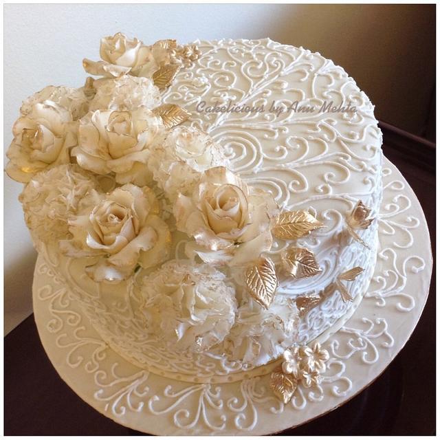 Gold & Ivory Anniversary Cake