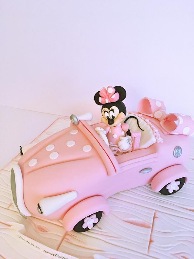 Minnie Mouse pink car