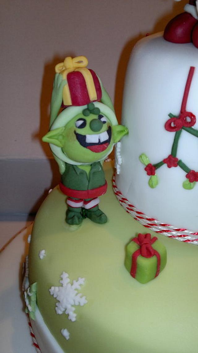 """""""Naughty Elf"""" Christmas-cake"""
