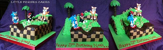 Sonic and friends video game cake