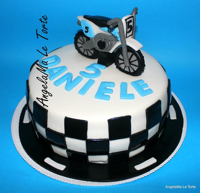 Fabulous Torta Motocross Cake By Angelama Le Torte Cakesdecor Birthday Cards Printable Trancafe Filternl