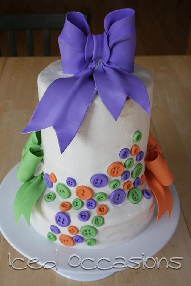 Buttons and Bows Baby Shower Cake