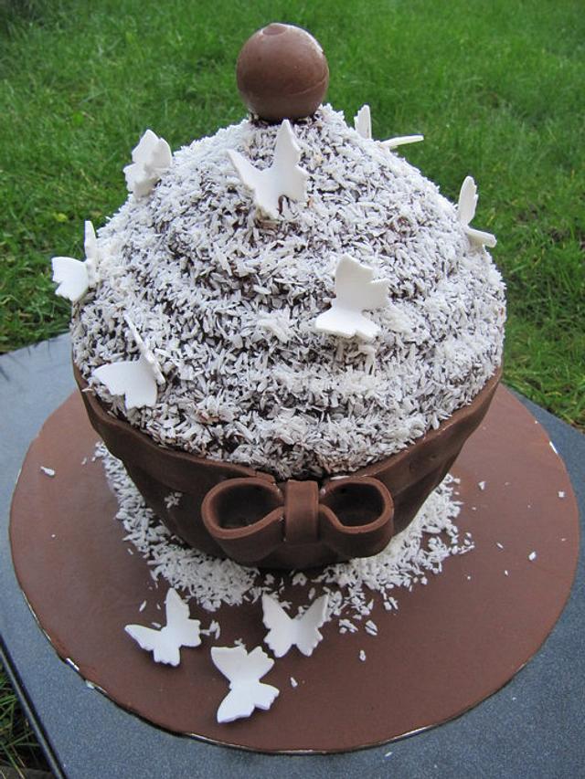 Giant Lamington Cupcake