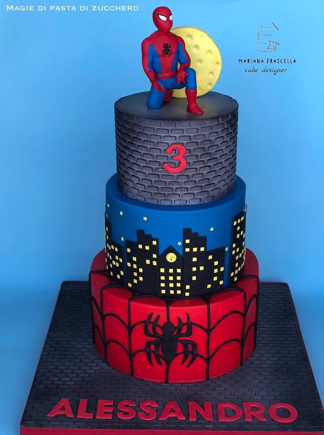 Spiderman cake - cake by Mariana Frascella - CakesDecor
