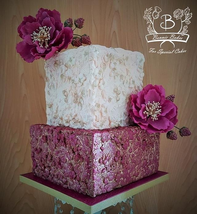 Bas Relief cake with sugar flowers