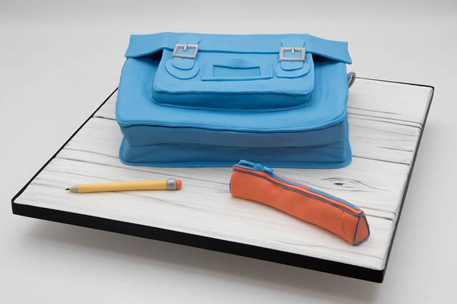 Satchel bag cake