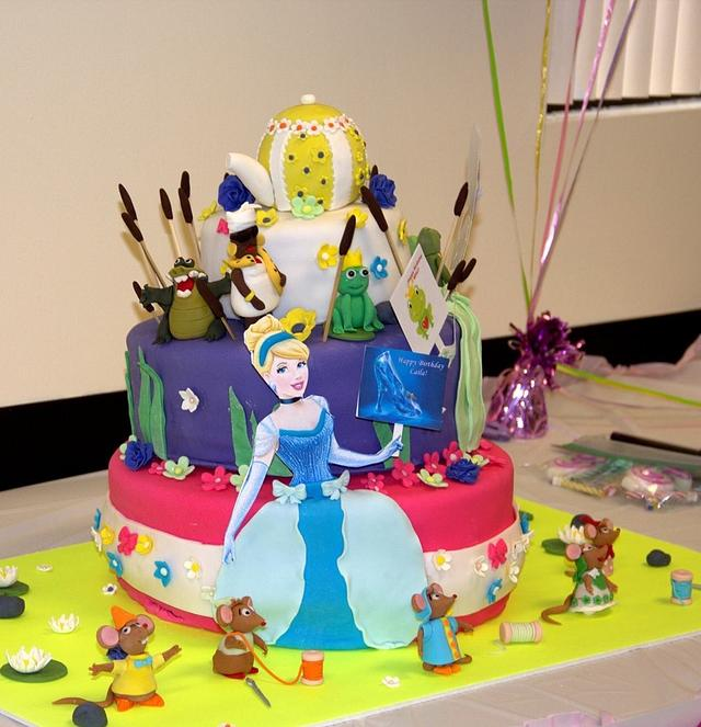Cinderella and Tiana cake