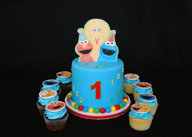 Sesame Street Cupcake Tower