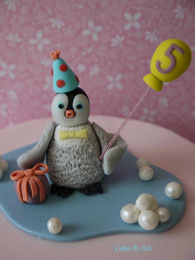 'Mumble' 5th birthday cake - June 2011