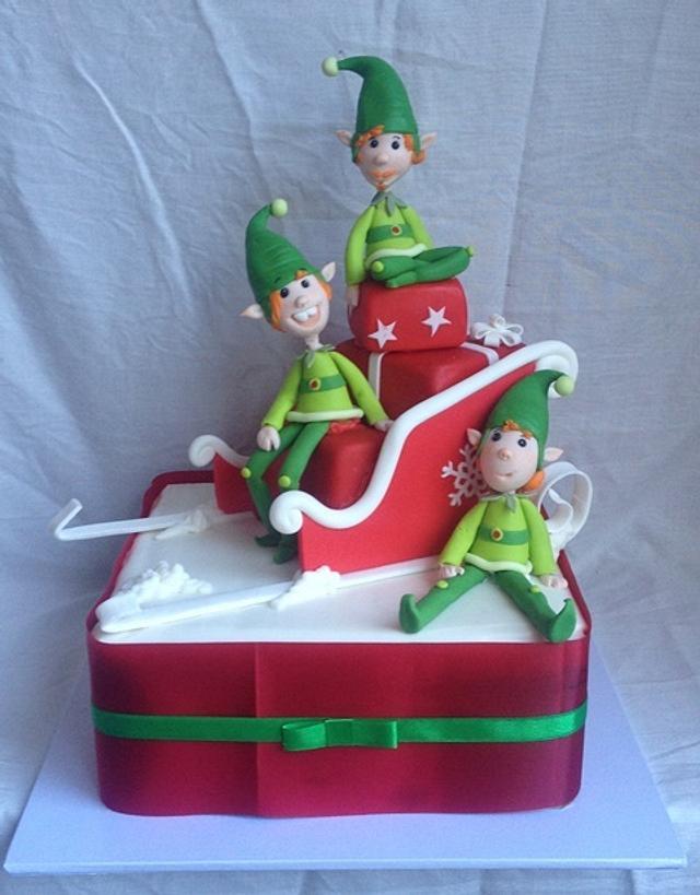 Christmas elves cake
