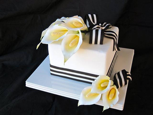 Sugar Calla Lily Cake
