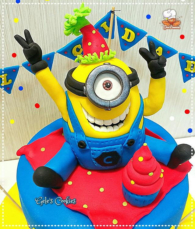 Fabulous Party Minion Cake Topper Cake By Geles Cookies Cakesdecor Personalised Birthday Cards Cominlily Jamesorg