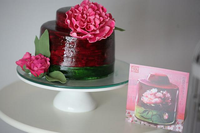 box of tea with peony