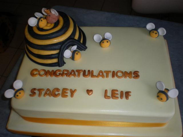 Bee Engagement Cake