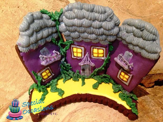 Halloween Collaboration - Haunted House Cookies