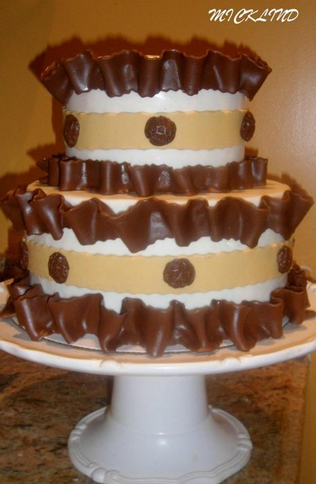 CHOCOLATE PLEATED CAKE