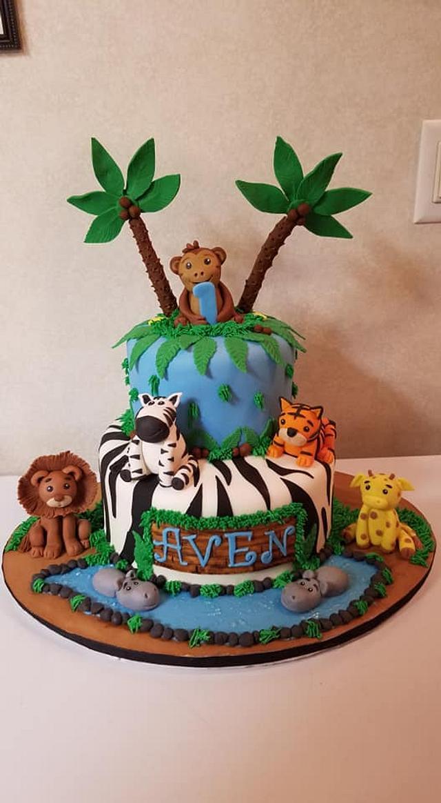 Strange Jungle Themed Birthday Cake Cake By Tootiebug Cakesdecor Funny Birthday Cards Online Elaedamsfinfo