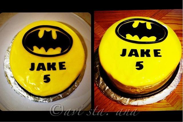Simple Batman Cake
