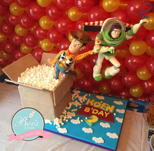 Toy Story Buzz & Woody Cake