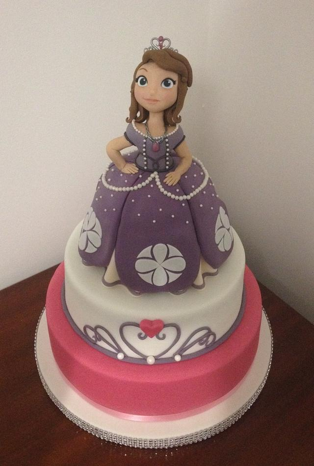 Princess Sofia the First by The Honeybee Cakery