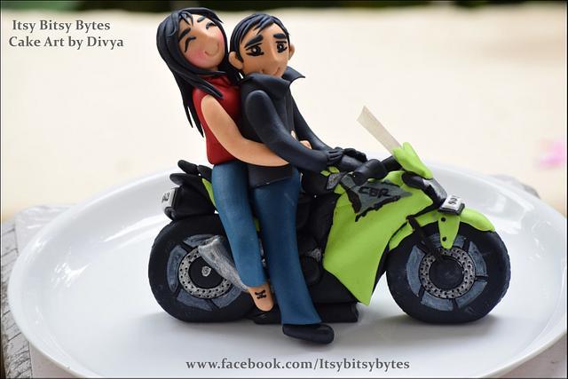 Couple on a bike cake