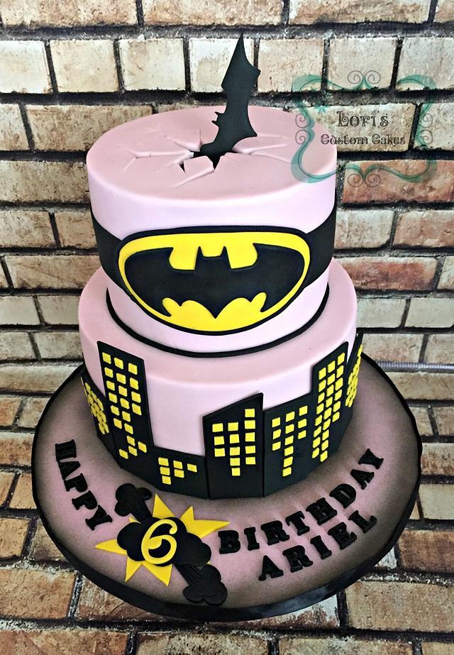 Stupendous Batman Birthday Cake Cake By Lori Mahoney Loris Cakesdecor Birthday Cards Printable Opercafe Filternl