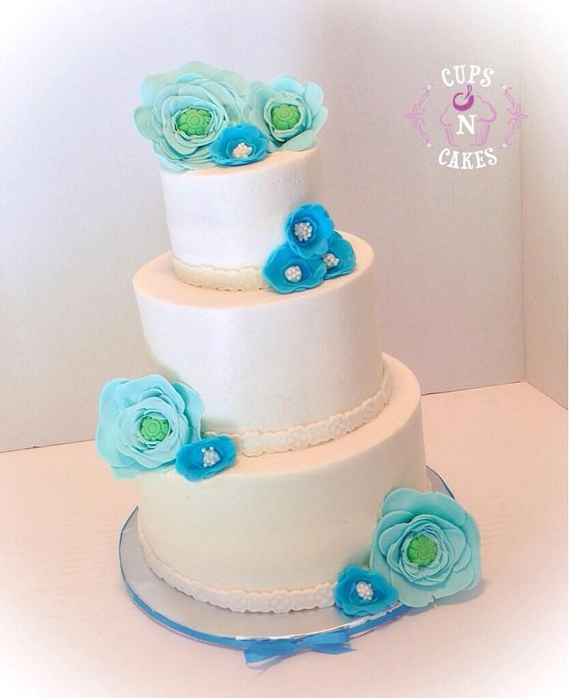 White & blue wedding