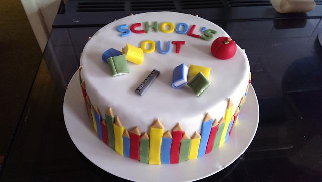 end of year and leavers cake