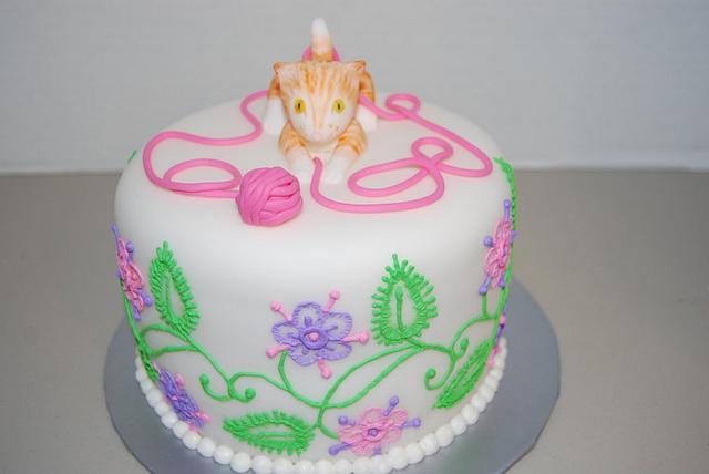 Cat, Yarn & Embroidery Cake