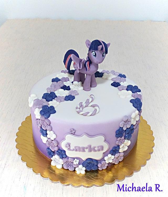 Simply little pony cake