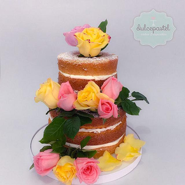 Torta Desnuda de Flores Naturales