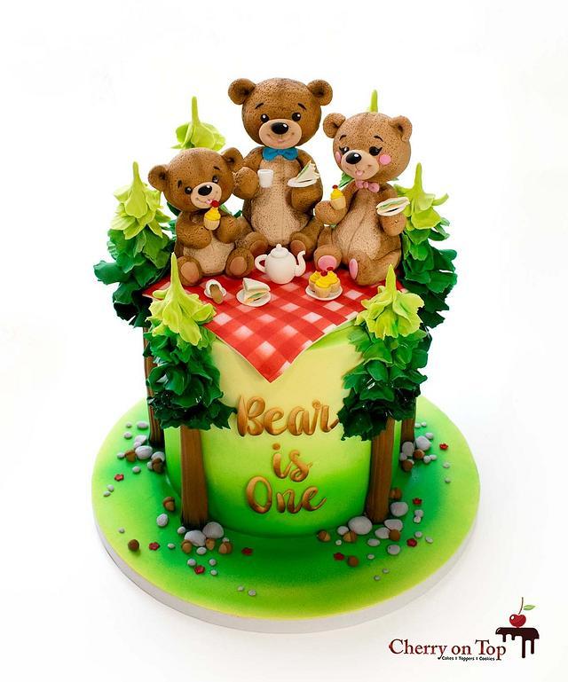 Little Bear's Tea Party 🐻🐻🐻🌲🌲🧁☕️🥪