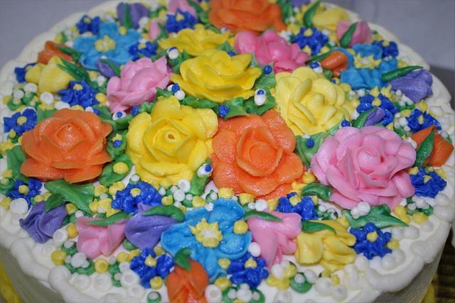 buttercream dream floral cake