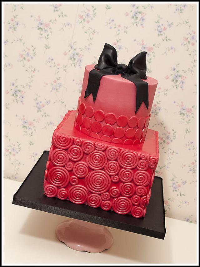 Pink Swirl Cake