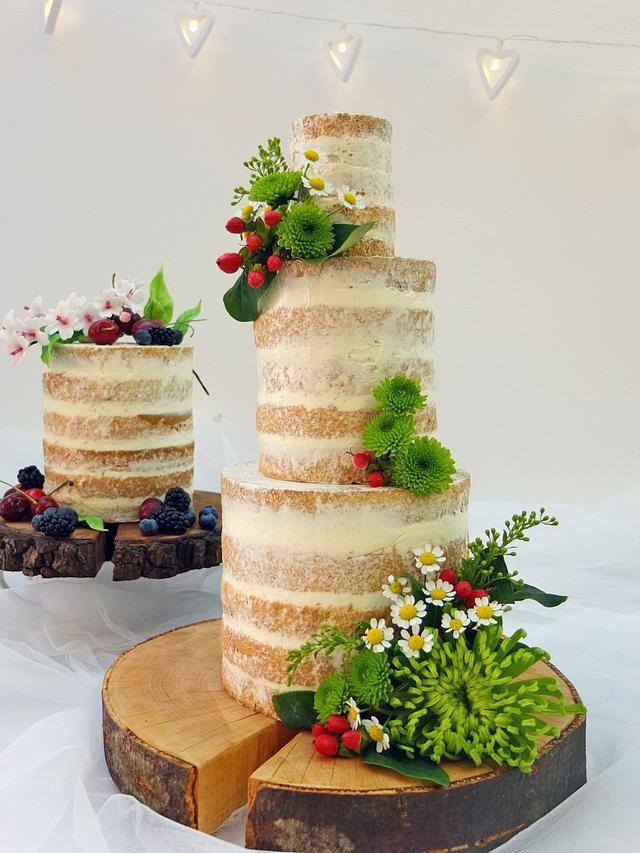 Naked wedding cake - cake by Lorna - CakesDecor