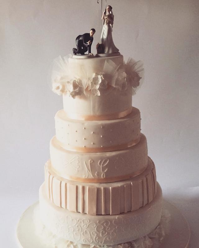 Peonies wedding cake