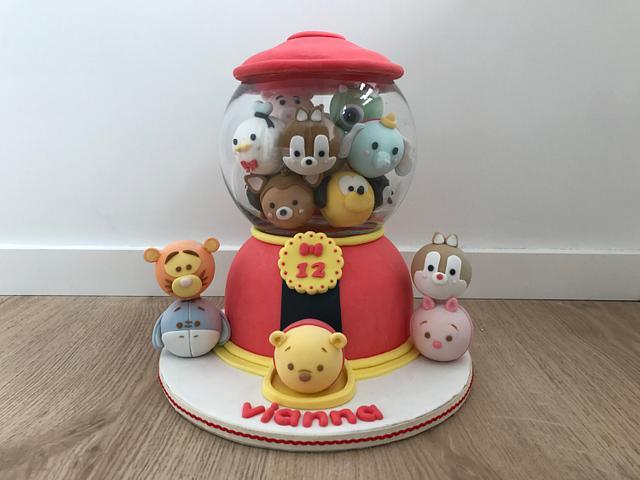 Tumbler tsum tsum cake