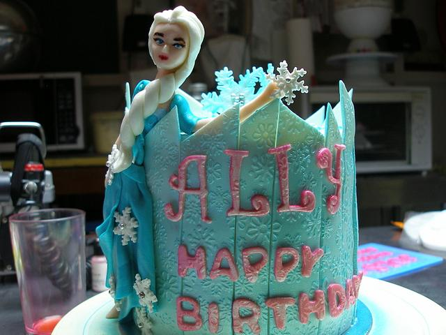 Queen Elsa of Frozen