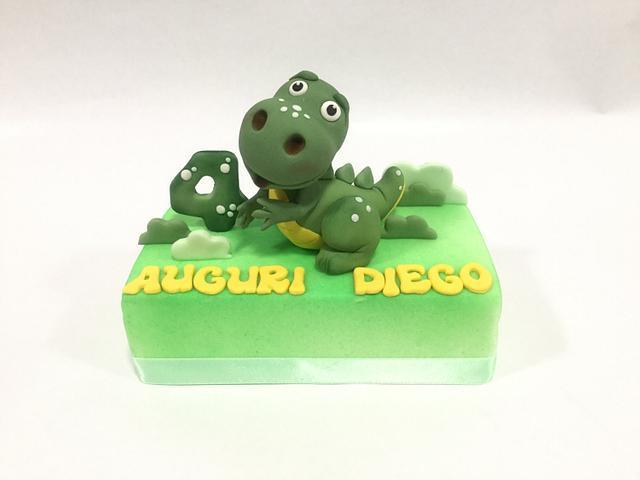 T-rex baby cake