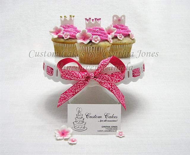 Pink Cupcakes ...