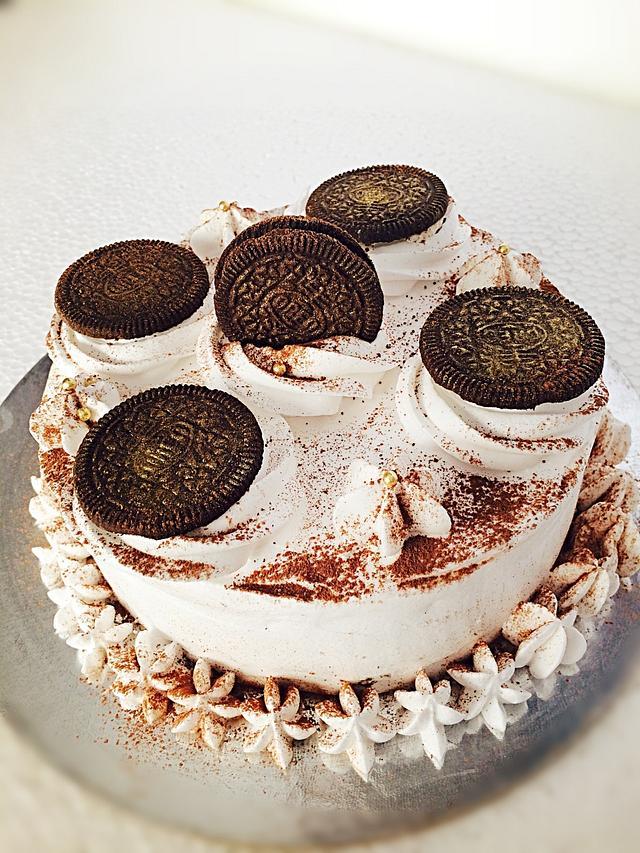 Mocha chocolate n Oreo cake