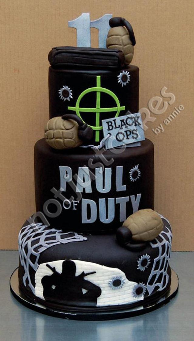 Paul of Duty - A gamer's cake
