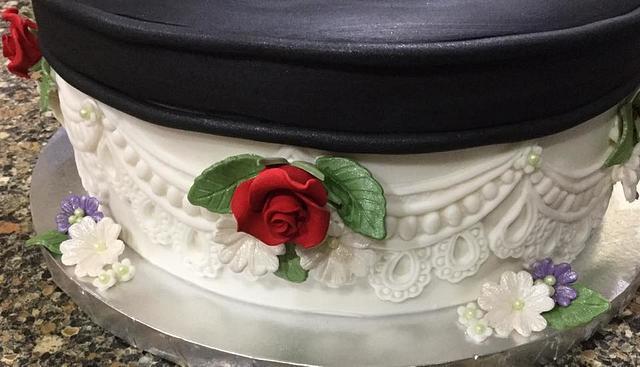 Red High Heel Shoe Cake