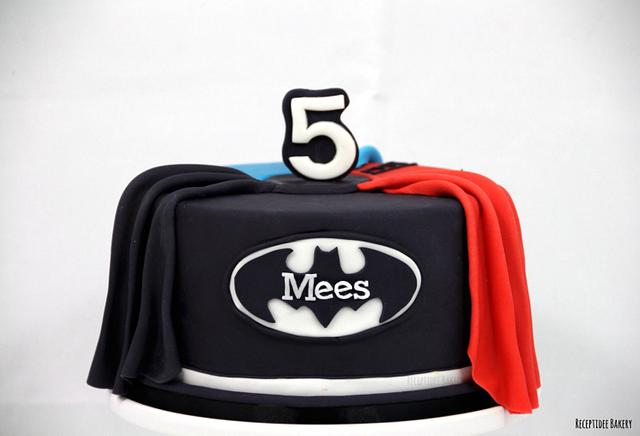 Superhero cake: Spiderman, Superman, Batman