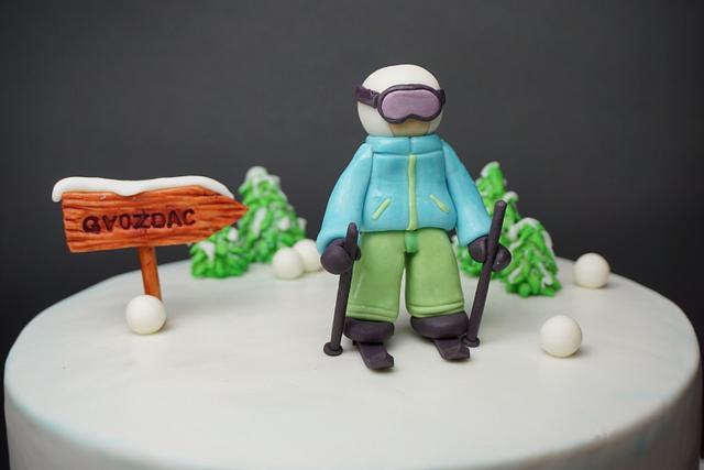 Winter Ski Cake