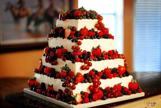 Berry Theme Wedding Cake